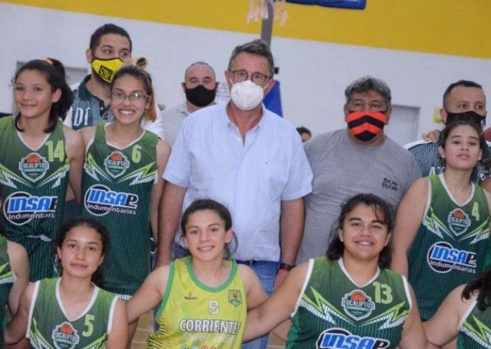 foto:  Goya se consagró campeón provincial en básquet femenino