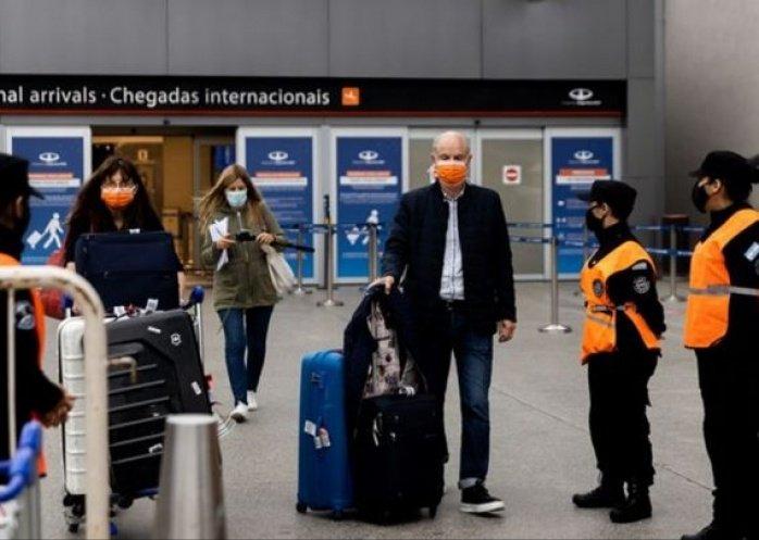 foto: Eliminarán desde el 19 de octubre los cupos de los vuelos del exterior