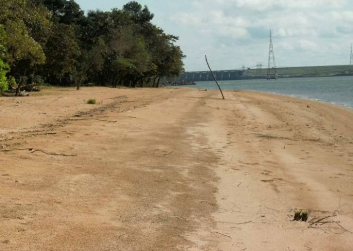 foto: Se hundió un bote piragua en Ituzaingó: hay dos desaparecidos